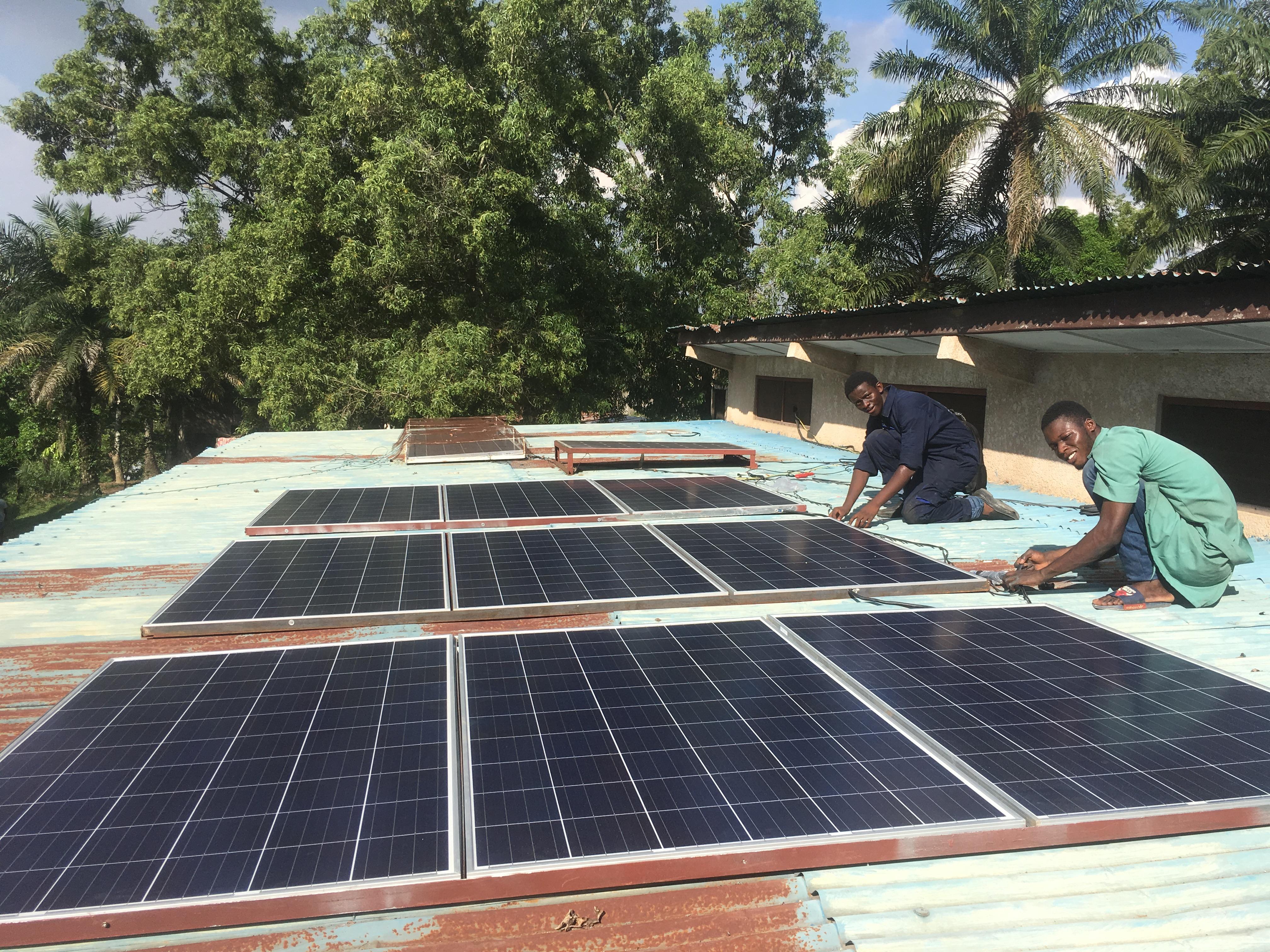 Centre santé-Panneaux solaires1